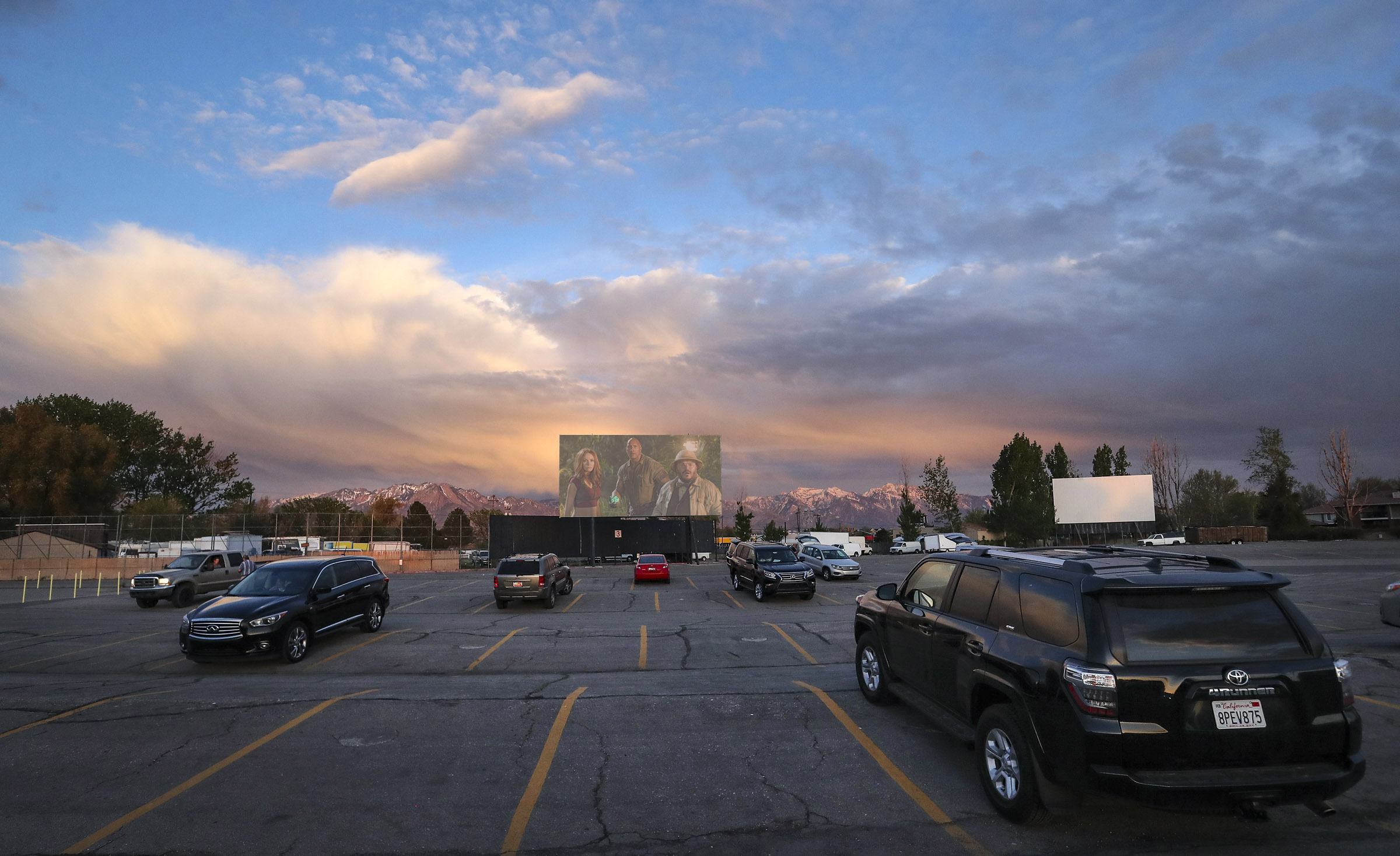 Redwood Drive-in Movies